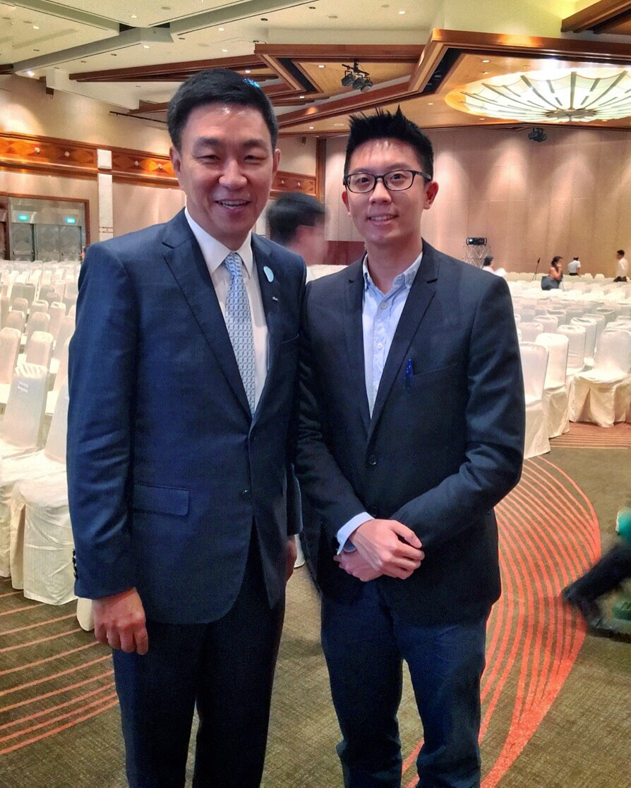 With Mr Loh Chin Hua, CEO of Keppel Corporation Ltd